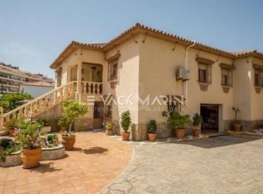 Villa en Sabinillas